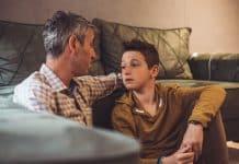 Kako pomoći djeci u dobi od 12-18 godina da se nose s ovom situacijom